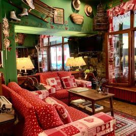 Bar cafétéria rustique charmant Hotel Aran la Abuela Vielha