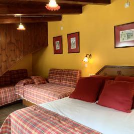 Chambre lit double avec canapé-lit Hotel Aran la Abuela Vielha