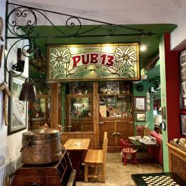 Pub 13 Hotel Aran la Abuela Vielha