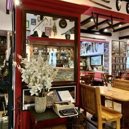 Décor bar cafétéria Hotel Aran la Abuela Vielha